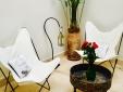 Entspannungsbereich im Innenhof.