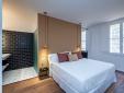 Tolles Zimmer mit integriertem Badezimmer im  Divina Suites Hotel Boutique