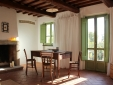 Elegant eingerichtete Ferienwohnungen mit stilvollem Mobiliar